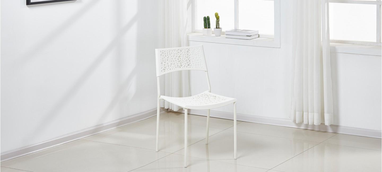 perfect lot de chaises extrieur blanches berlin with lot de 4 chaises blanches. Black Bedroom Furniture Sets. Home Design Ideas